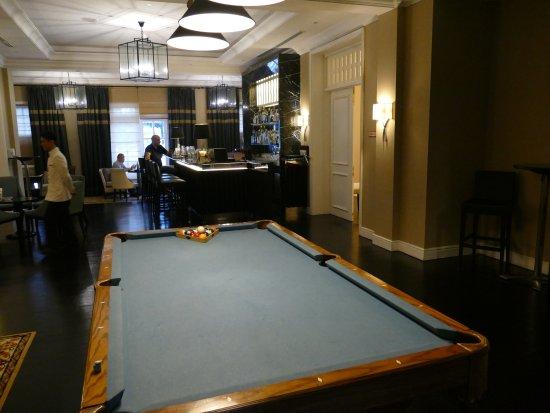 The Majestic Hotel Kuala Lumpur: Smoke House Bar And Pool Table