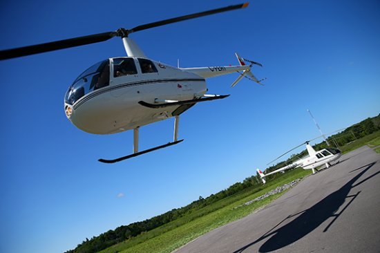 Gananoque, Canadá: ..and we have lift off!