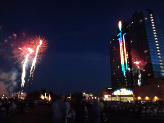 Seneca niagara casino fireworks free money casino