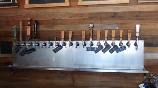 Poulsbo, WA: 17 taps