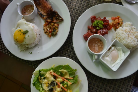 The Cocoon Boutique Hotel: Breakfast