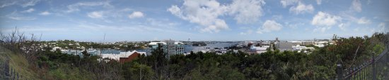 Hamilton, Bermuda: A panoramic view