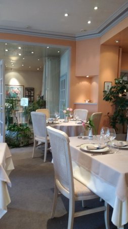 Les Rosiers sur Loire, Frankrijk: Very Tasteful Decor