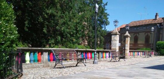 Ameno, İtalya: Piazza del paese