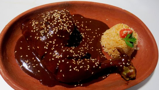 Restaurant Belil: traditional MOLE from Chiapas