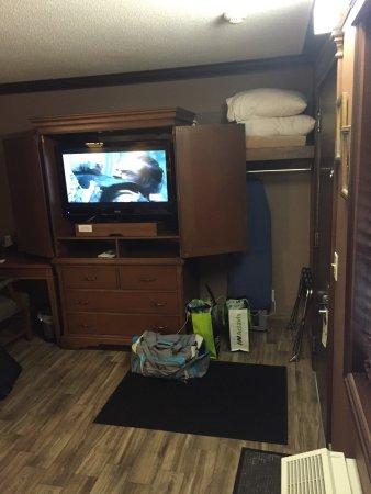 Talbot Trail Inn & Suites: photo0.jpg