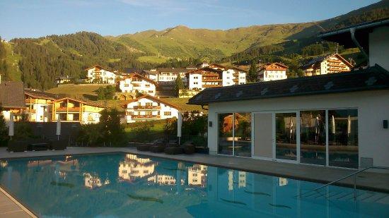 Hotel Fisserhof: Piscine le matin vers 7h...