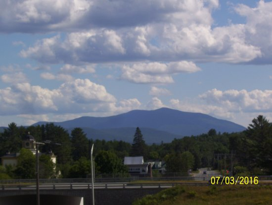 BEST WESTERN White Mountain Inn: View from hotel.
