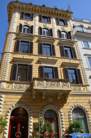 Raffaello Hotel Photo