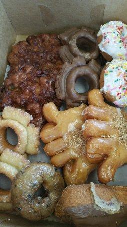 Puyallup, WA: Happy Donut