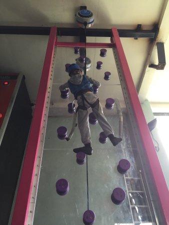 Lakeland Climbing Centre : Crazy climb