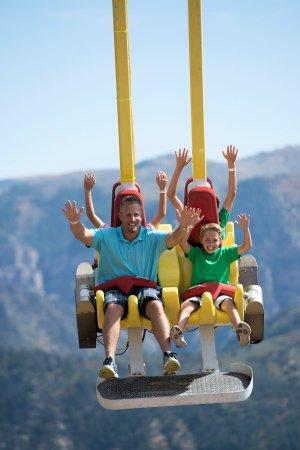 Glenwood Caverns Adventure Park : Giant Canyon Swing