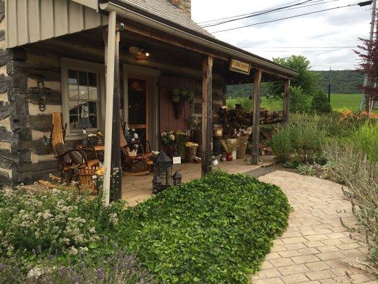 Jean Bonnet Tavern and Inn near Bedford, PA