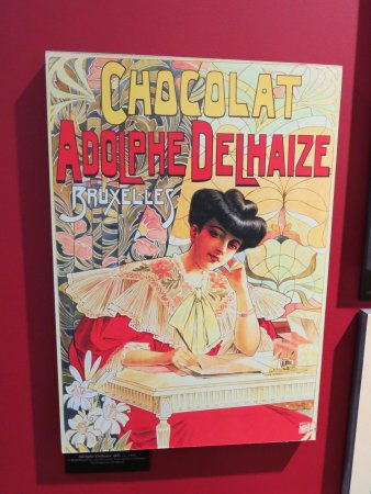 Koekelberg, Belgien: Oude reclame Delhaize in Belgian Chocolate Village