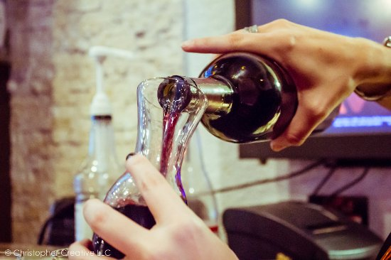 Slyce Pizza Bar: Great wine selection at Slyce!