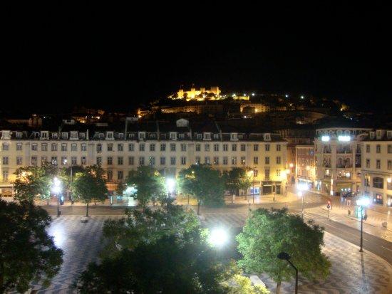 Hotel Metropole: Bei Nacht
