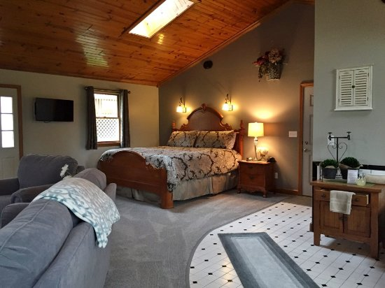 Berlin, OH: Cottage