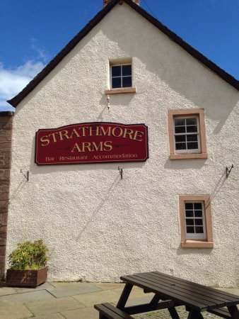 Strathmore Arms: photo2.jpg