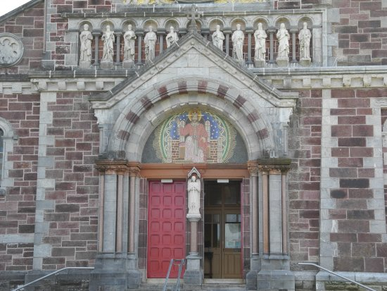 St Carthage's Catholic Church: The front entrance to the church