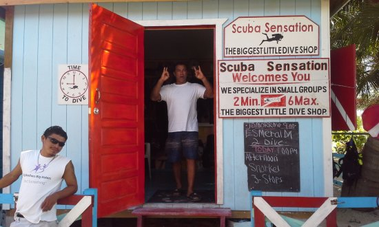 Caye Caulker, Belize: 1Heyo! Come early, or late... super flexible with working with your schedule