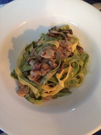 Bonfini : Mushroom, bacon and cream pasta