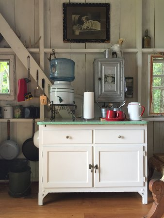 Grandview, TN: The kitchen area. All the supplies you see are part of the cottage.