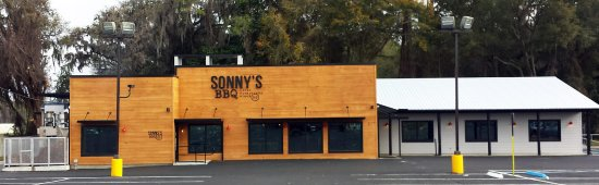 Sonny's BBQ: Newly remodeled store!