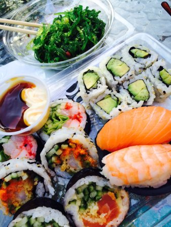 Chateauguay, Canada: Satisfies a sushi craving - and amazing service!