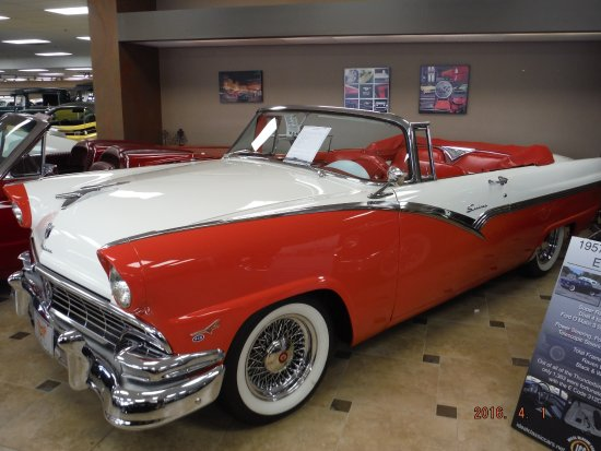 Ideal Clic Cars Museum Showroom Crown Victoria Convertible