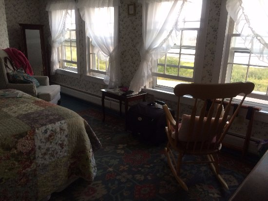 Prospect Harbor, ME: windows in our room with view of ocean