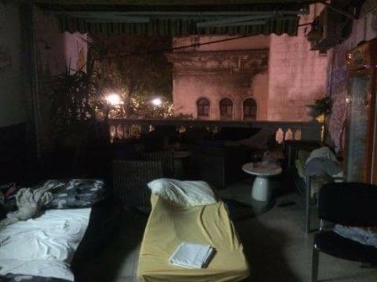 Hostel Ana : Communal area//hostel workers bedroom.