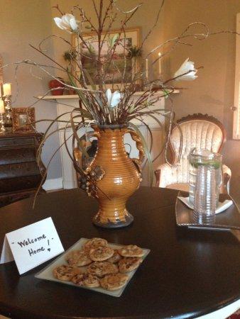 Lovingston, VA: Fresh baked cookies!