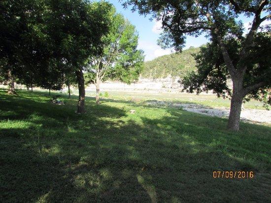 Bandit's Hideaway: river view