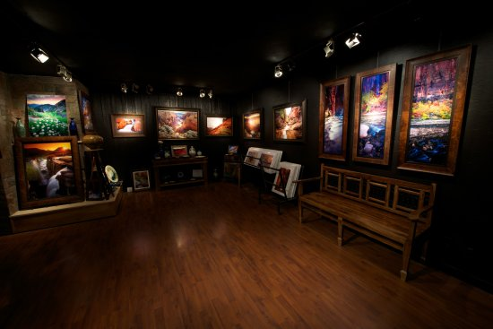 Springdale, UT: Inside the David J. West Gallery