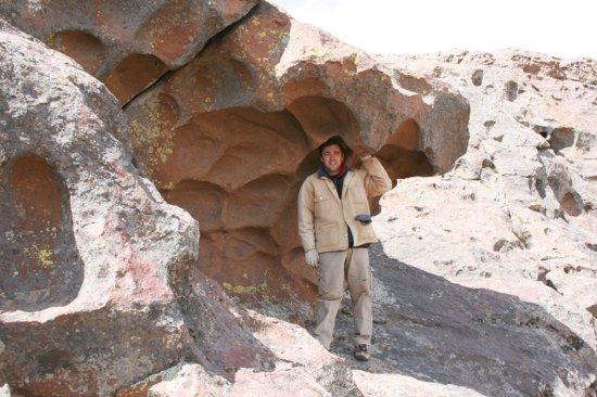 """Province of Rio Negro, Argentina: En uno de los cerros con """"piedra derretida"""""""