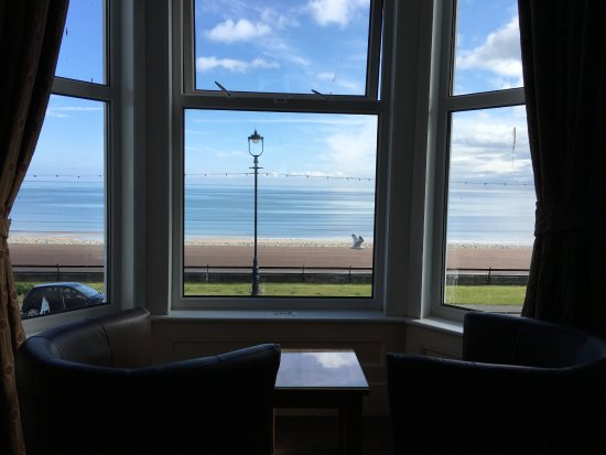 Can-y-Bae: View out of front window of a room facing the sea