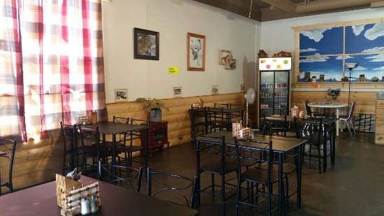 Enderby, Canadá: Country Coffee House