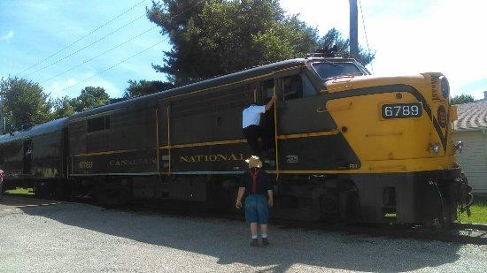 Monticello, IL: IMAG0355_large.jpg