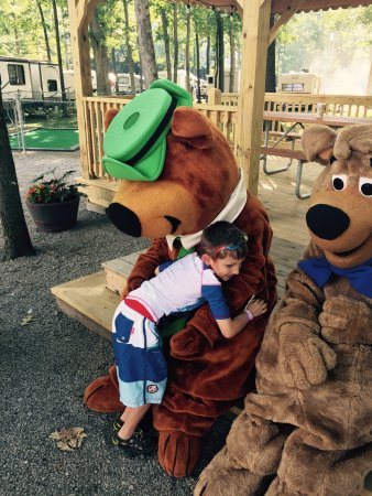 Harrisville, PA: Yogi Bear's Jellystone Park at Kozy Rest
