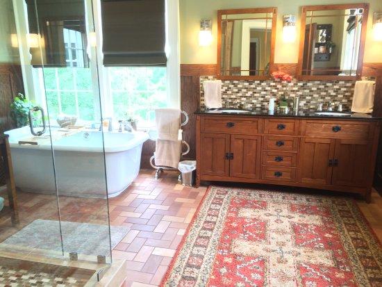 Shelbyville, TN: Frank Lloyd Wright room
