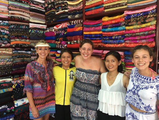 Hanh Hung Tailor : Awesome people to deal with ... Great efficient service ...