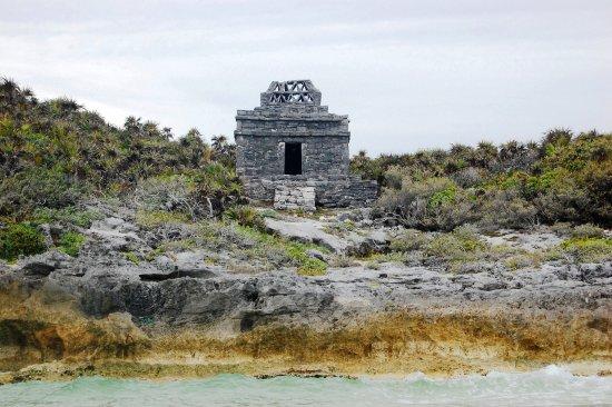 Tulum Underwater: Ruinas de Tulum, vistas desde el mar