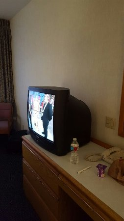 Shilo Inn Suites Hotel - Tillamook: 20160711_204040_large.jpg