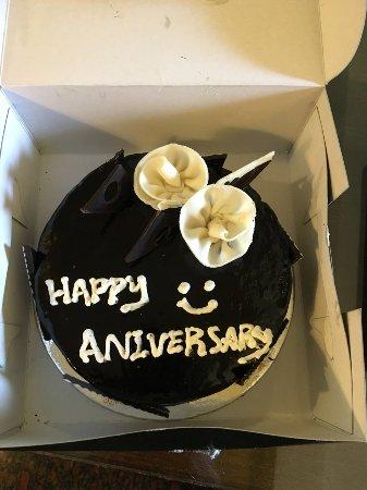 juSTa Indiranagar, Bangalore: Anniversary cake provided by the staff