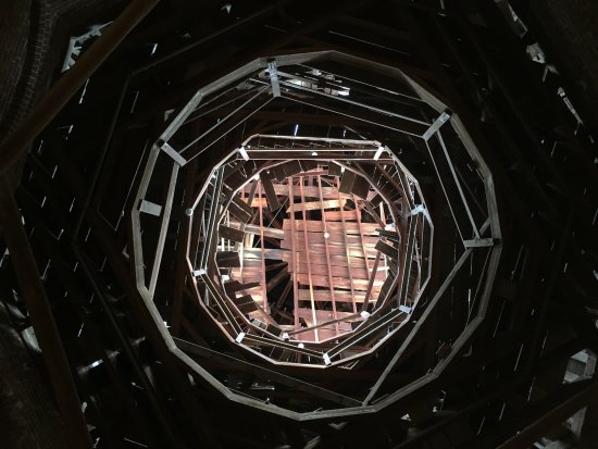 Natchez, MS: The house was never finished. This was taken looking upward.