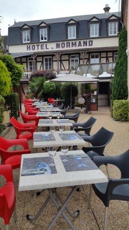 H tel restaurant normand yport restaurant avis num ro for Hotels yport