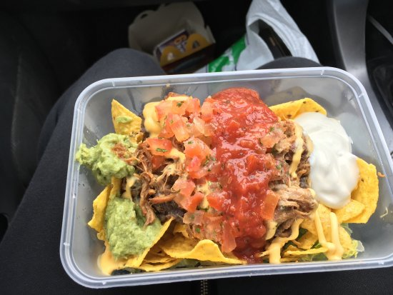 Loco Burrito: Very nice Nachos with pulled pork. A tiny takeaway shop but has spots to eat in. Quick service.
