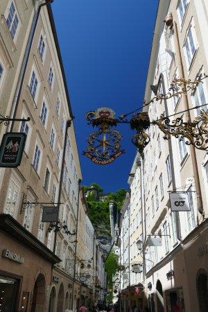 Salzburgo, Austria: Durch die Getreidegasse