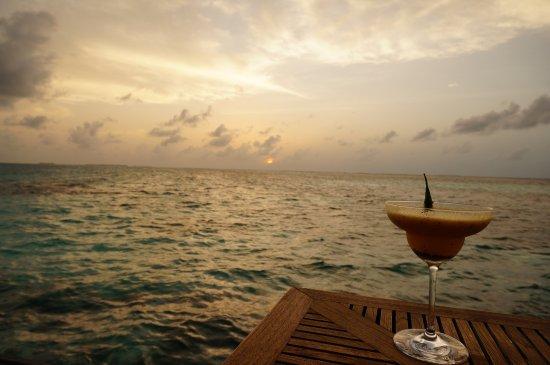Muraka Restaurant : A drink and sunset.. Perfect match..