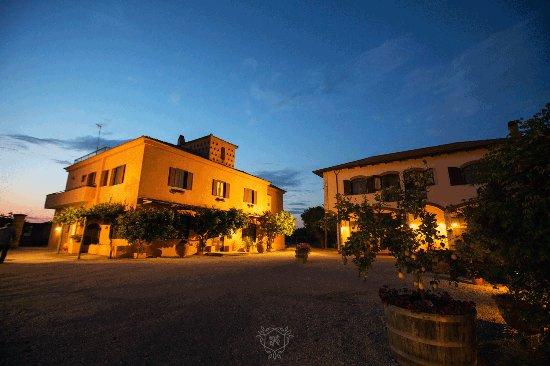 Province of Caserta, Italia: Borgorosa esterni